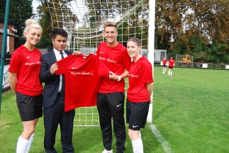 2015/16 - Royston Tandoori sponsors Royston Town Ladies FC trainingwear